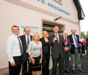 Brian McEniff, Gaelic football manager and hotelier, cuts the tape at the official opening of Breaffy Medical and Business Centre at Breaffy GAA Clubhouse. Included in photo from left: Dental Surgeon, Dr Terence McAlinden BS (Hons) PhD DDS, anchor tenant; Gerard Bourke, chairman Breaffy GAA Club; Margaret McAlinden, Toni Bourke, secretary Breaffy GAA Club; Brian McEniff, Johnny Lyons and MJ Reddington, Chairman Breaffy GAA Club management committee. Photo: Michael Donnelly.