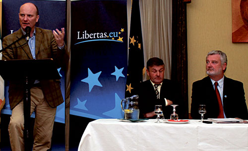 Declan Ganley addressing the meeting in Castlebar. Photo: Philip Cloherty