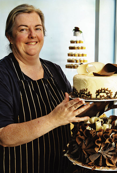 Laying down the law: This is how it's done. Emer Murray with one of her spectacular wedding cakes.