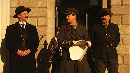 Actor Rory Mullen as Tom Clarke, Tadhg Murphy as Patrick Pearse, and Lorcan Cranitch as James Connolly in Abu Media's Seachtar na Casca.