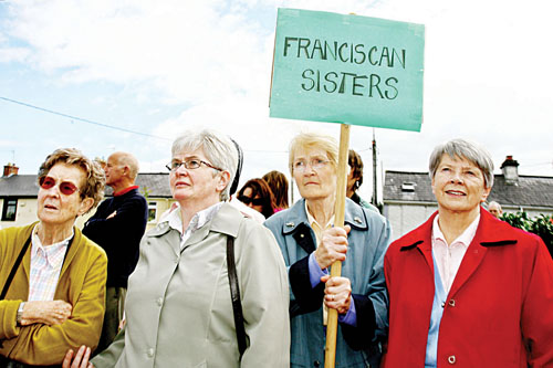 Franciscan sisters Michaela, Anne, Ethna and Ita who work at Portiuncula Hospital at the protest outside the hospital in Ballinasloe on Tuesday. Photo:- Mike Shaughnessy