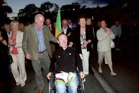 Mark Rohan with his mother Carmel and dad Dennis (left) and aunts Carmel and Rose (right) on his homecoming to Ballinahowen on Tuesday night. Photo: molloyphotography.