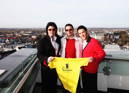 Ciaran Houlihan (Eireann Elvis), Ollie Berry from Westmeath Friends of Simon (organiser of event) and Tom Gilson