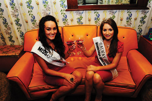 Miss Latin Quarter Galway, Caoimhe McClafferty, and Claire Keane, the newly selected Galway Rose, will be at Halo for the reopening.