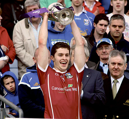 Galway u-21 captain Colin Forde celebrates All Ireland success.			Photo: Mike Shaughnessy