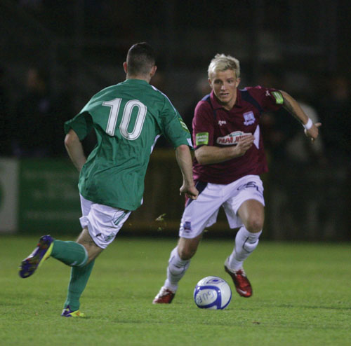 Galway United's Sean Kelly and Kieran Waters of Bray Wanderers in action from Galway United last home game in the Airtricity Premier League at Terryland Park on Friday night.  					Photo:-Mike Shaughnessy
