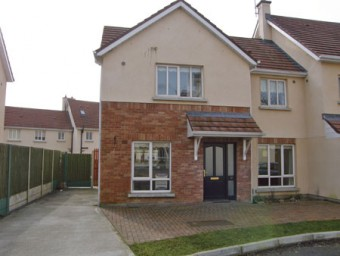 Three bed house to rent in Thomastown