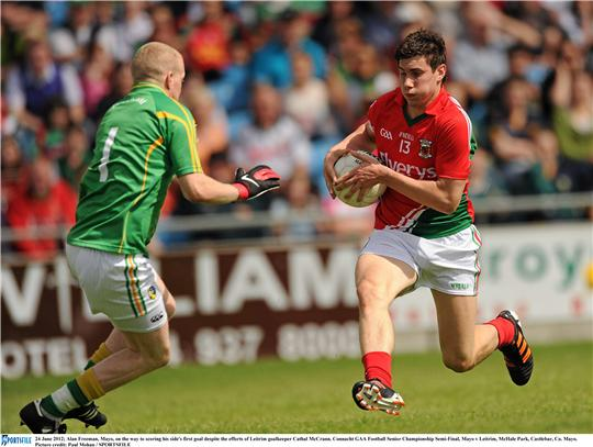 Alan Freeman breaks for Mayo's first goal on Sunday. Photo:Sportsfile