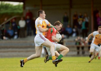 Doran Harte is tackled from behind during Garryclastle's win over Killucan last weekend. Photo: johnobrienimages.com