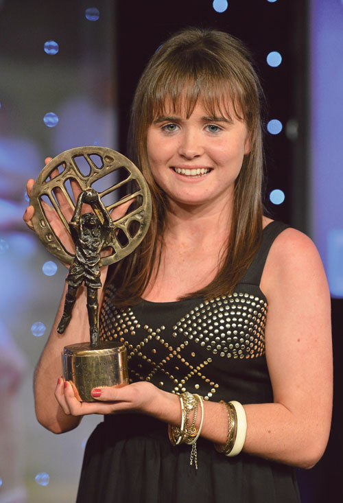 Nicola Ward, Galway, with her Connacht Young Player of the Year award, presented at the recent TG4 O'Neill's Ladies Football All-Star Awards 2012