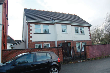 No 4 Snipe Avenue. End of terrace property, Snipe Avenue.