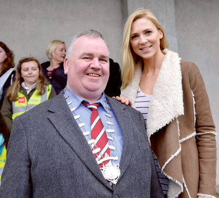 Cathaoirleach Johnnie Penrose with model and An Taisce ambassador Sarah McGovern