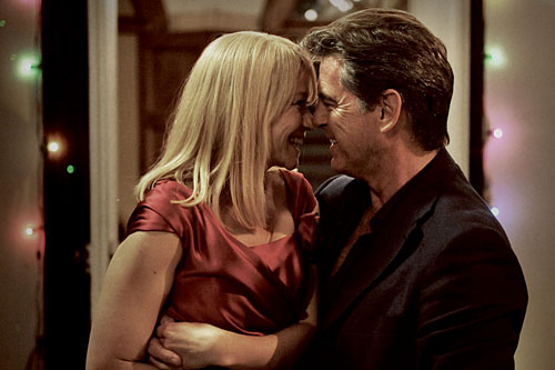 Trine Dyrholm and Pierce Brosnan in Love Is All You Need.