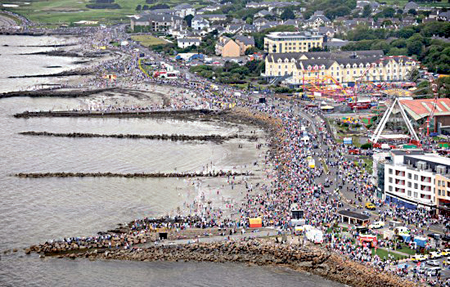 The Galway Sea Festival aims to attract crowds to the city to appreciate the positioning the city has by the water, just as happened in 2009 and 2012  for the Volvo Ocean Race.