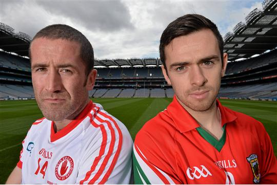 See you Sunday: Stephen O'Neill and Kevin McLoughlin get to know each other before Sunday's showdown. Photo: Sportsfile