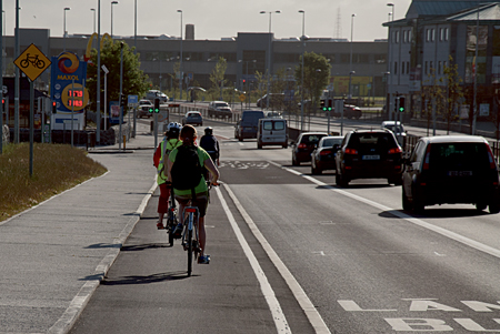 Cycling improves health and fitness and can save commuters hundreds of euro per annum.