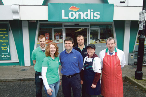 Anne and Richard Holland of Londia Oughterard with their team of Eileen Gibbons, Mike Togher ( butcher) Colin Clancy and Krys Michalak.				 Photo:-Mike Shaughnessy