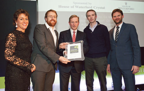 Pictured at the Good Food Ireland Awards are (l to r) Margaret Jeffares, founder of Good Food Ireland, JP McMahon of Aniar, An Taoiseach Enda Kenny, Ultan Cooke, Aniar, and sponsor Brian Kitson, Kildare Village.