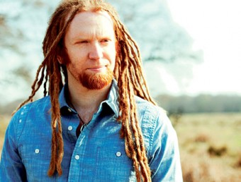Newton Faulkner - going against the grain