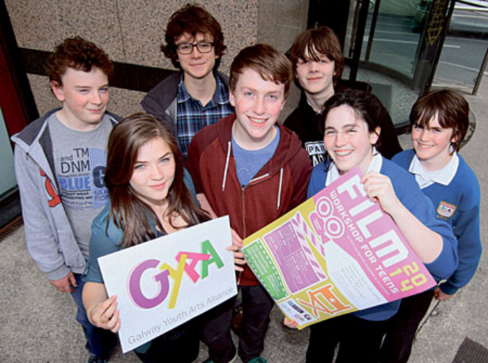 Members of Galway Youth Art Alliance ,(back )  David Waldron, Cian Siggins, Felix Ó Murchahda and Toirealach Ó Mhuirin, and Maeve Gallagher, Tallen Maquire, and Méadhbh Ó Mhuirin promote the 2014 Film Workshop at the Youth Café.  Photo:-Mike Shaughnessy
