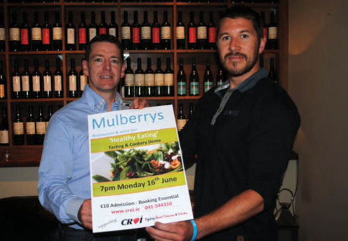James Cunningham of Mulberry's pictured with Barry McCann from Croí announcing details of Mulberry's healthier lifestyle cookery demonstration.