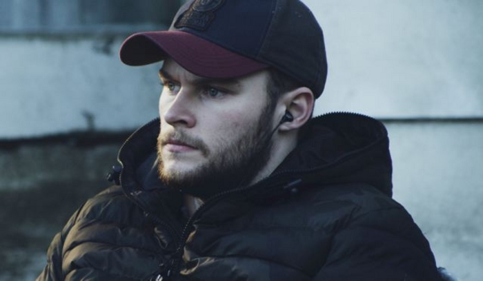 Jack Reynor in Glassland.