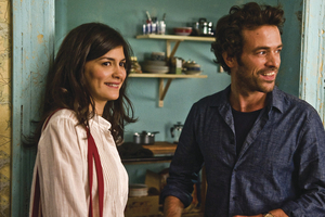Audrey Tautou and Romain Duris in Chinese Puzzle
