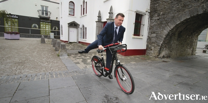 Will the electorate be saying 'On yer bike?' to Environment Minister Alan Kelly at Election 2016? Photo:- Mike Shaughnessy