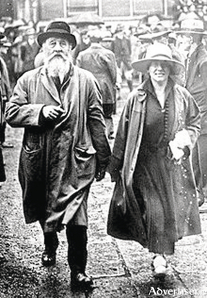 George Noble Plunkett and his wife Josephine (Cranny), coming from a public meeting. George was sworn into the Irish Republican Brotherhood by his son Joseph, just days before the Rising.