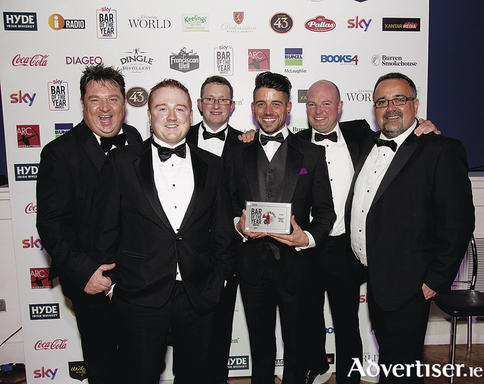The An Pucan team accept their awards for Best Use of Social Media and Connacht Bar of the Year