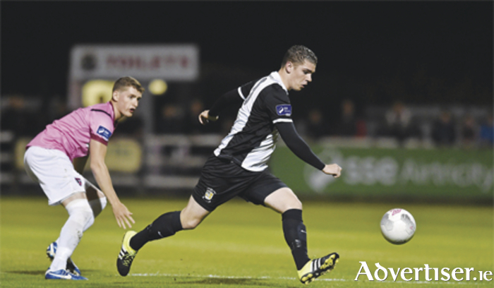 Sam O'Connor of Athlone Town in action against Wexford Youths' Lee Grace in the League of Ireland First Division. Photo: Matt Browne/SPORTSFILE