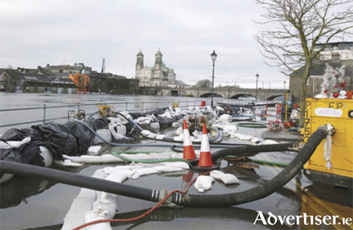 A complicated net of water pumps are in action 24 hours a day to keep Athlone dry ahead of Storm Frank, the sixth storm to hit Ireland in recent weeks.  Photo: Hany Marzouk