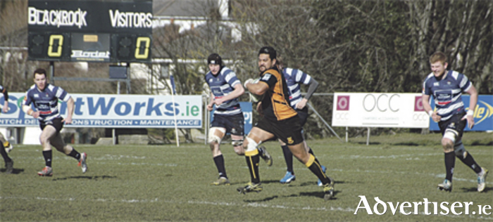 Kolo Kiripati makes the initial break that led to Buccs' first try against Blackrock