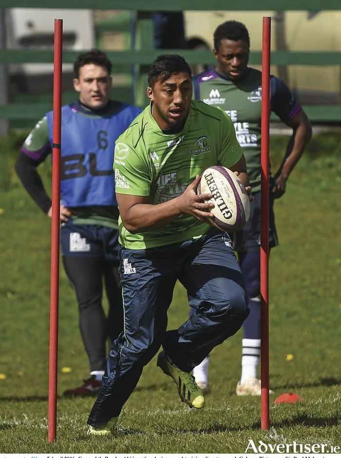 Bouncing Bundee: Bundee Aki in action during squad training in Galway. Photo: Sportsfile