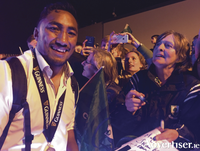 Knock Airpot reception: Bundee Aki signs autographs for Connacht fans who waited up till 2am to welcome the team home.