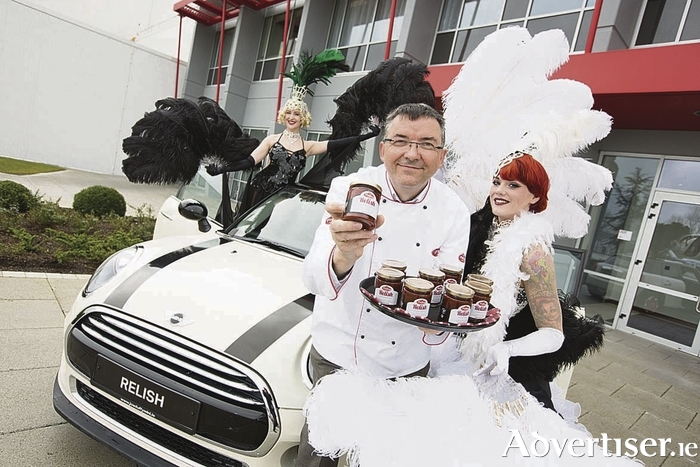Las Vegas showgirls Foxy P. Cox and Azaria Starfire with Pallas Foods, Development Chef, Patrick Clement celebrating the launch of Pallas Foods latest customer loyalty scheme Relish Rewards (www.relishrewards.ie).