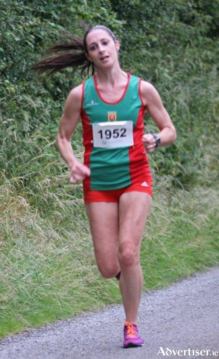 Norah Newcombe-Pieterse (Mayo AC) on her way to victory in the 2015 Balla 10K.