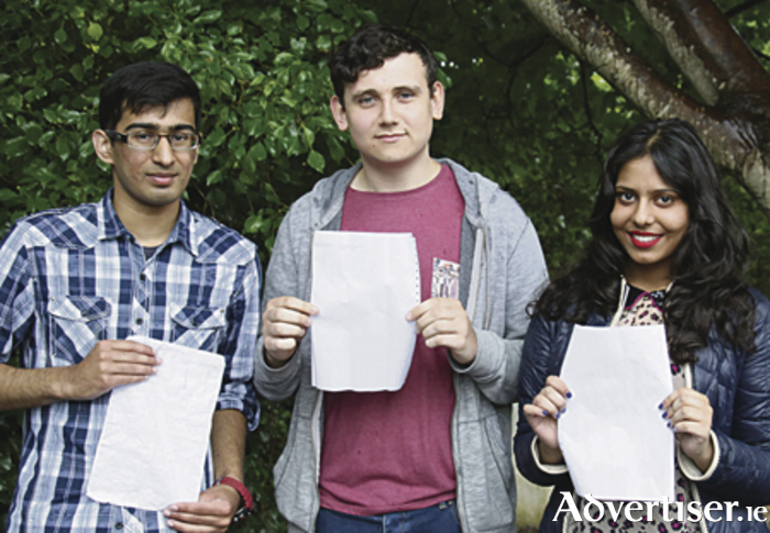 Delighted Yeats College students Ahmed Zafar, Gavan Duffy and Mahnoor Ali after receiving their Leaving Certificate exam results on Wednesday. Photo:-Mike Shaughnessy