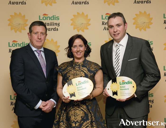 Mulroy's Londis Moneen Roundabout and Mulroy's Londis Breaffy Road Castlebar were proud recipients of a Londis Retailing Standard Award 2016. Pictured is Londis Retail Development Manager Shane Hopkins with Valerie and Colm Mulroy of Mulroy's Londis Moneen Roundabout and Mulroy's Londis Breaffy Road at the recent Londis Retailing Excellence Awards ceremony.