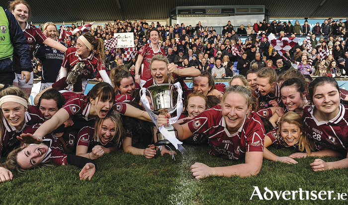 Annaghdown players celebrate with the cup following the All Ireland Ladies Football Intermediate Club Championship Final 2016 match between Annaghdown and Shane O'Neills at Parnell Park in Dublin.              Photo:Sam Barnes/Sportsfile