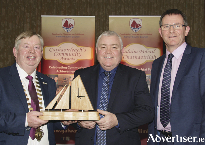 Pictured at the Cathaoirleach's Community Awards ceremony at the Shearwater hotel, Ballinasloe on Wednesday night were Volunteer of the Year Award winner Arthur Carr ( centre) with  Mayor Connolly and Kevin Kelly (CEO, Galway County Council)  Photo:-Mike Shaughnessy