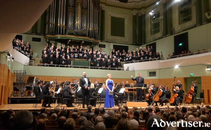 Last weekend was a great occasion for Cór Mhaigh Eo, Ballina Chamber Choir and Soprano Anne-Marie Gibbons who appeared with RTE Concert Orchestra and Dun Laoghaire Choral Society, to perform Karl Jenkins epic masterpiece, The Armed Man.