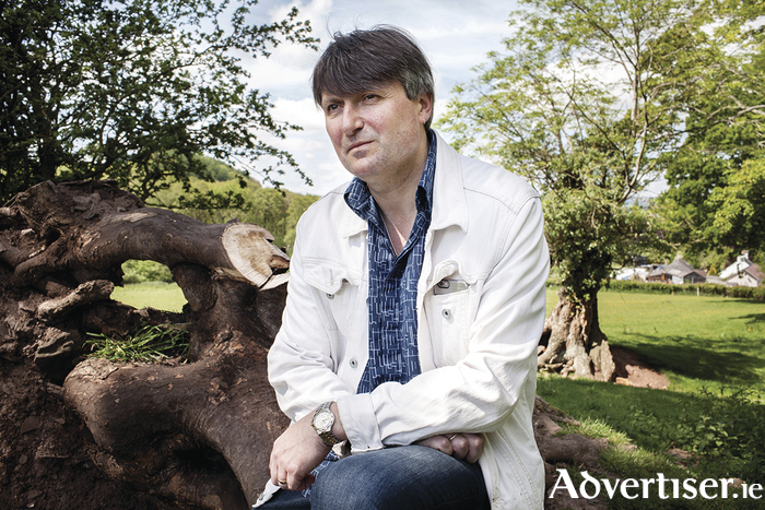 Simon Armitage.