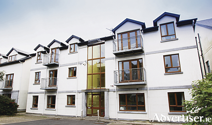 Seamus Quirke Road investment sells above guide price.