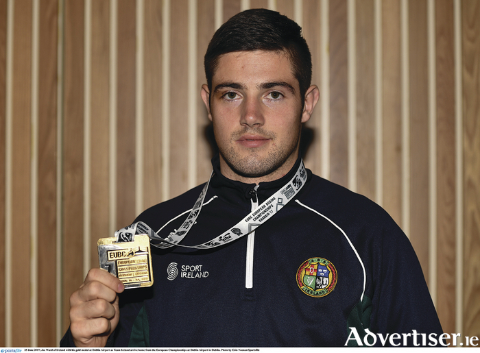 Joe Ward arriving back in Dublin Airport with his gold medal. Photo: EOin Noonan/Sportsfile