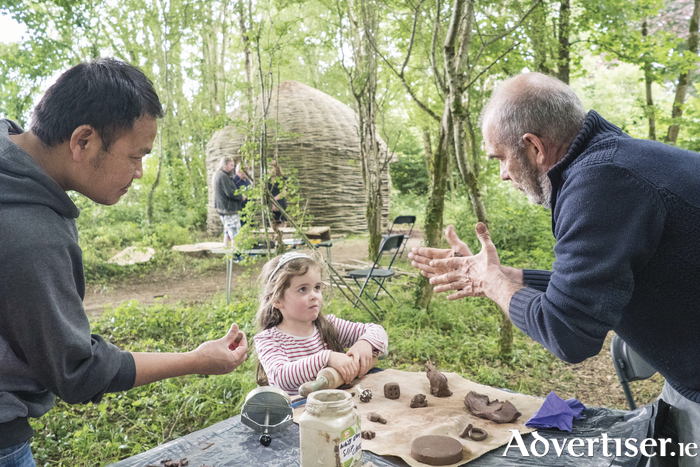 Saw Tun and Henri Hedou, Mayo Art Squad with Realta Mcloughlin, at the unveiling of Teach Saileach/Willow House a large bee-hive shaped 'outdoor room', woven from living willow and other natural materials using traditional skills by Members of Mayo Arts Squad, a community arts initiative sponsored by Mayo County Council at the National Museum of Ireland – Country Life Castlebar, Co. Mayo. Photo : Keith Heneghan / Phocus