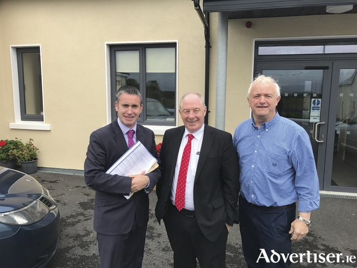Minister for Rural and Community Development, Michael Ring pictured before a meeting with Minister for Housing and Urban Renewal, Damien English TD and interested/affected parties in Geesala recently regarding the Report of the Expert Panel on Concrete Blocks (Pyrite).