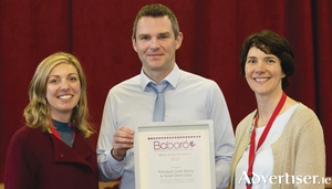 Principal Colin Barry of Scoil Chroí Íosa receiving the Above and Beyond Award 2017 from Baboró's Jane Hayes, communications co-ordinator, and Aislinn Ó hEocha, executive artistic director. Photo:- Anita Murphy