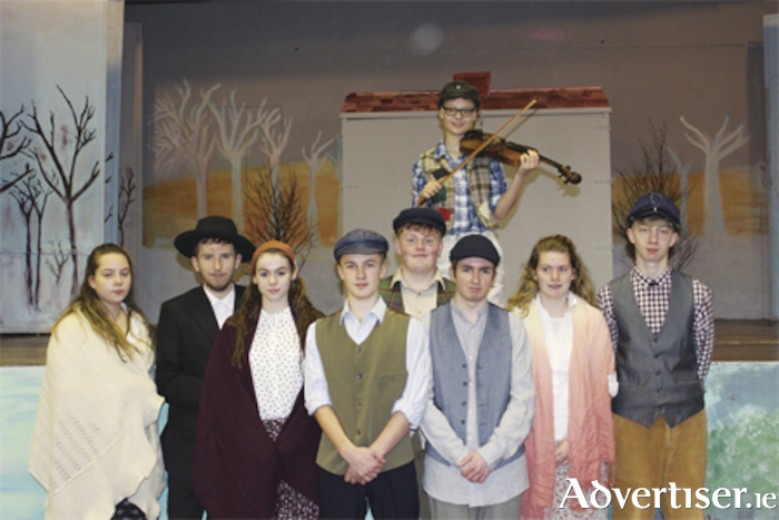 Kate Nally, Dylan Bertles, Kelly Ennis, Benedict Beusser, Evan Gallagher, Daniel Lough, Abbey Mullin, and Jacques Le Blan. Fiddler on the Roof, Ivana Ruzic