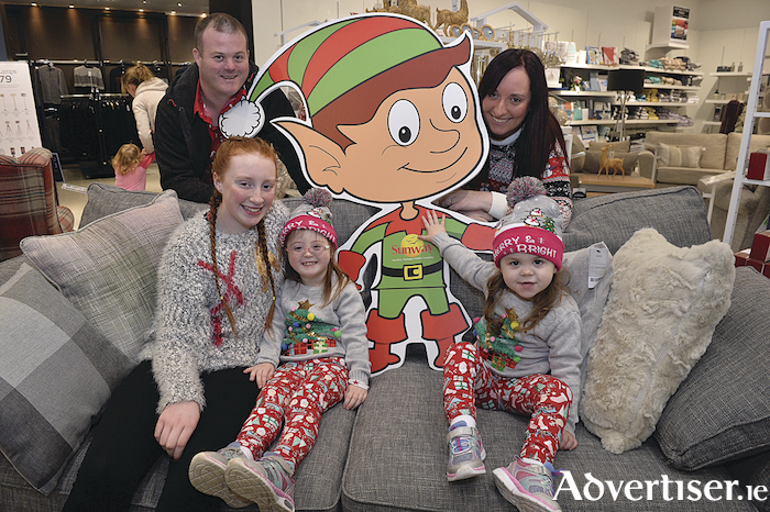 Pictured are Barry Clifford and Emma Lambe, Louise Lambe, Katelyn Clifford and Michaela Clifford from Rockfield Park, Galway who won a family trip to Lapland this Christmas with Sunway Holidays and Gateway Retail Park, Galway . Photo: Ray Ryan